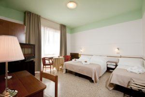 Rimini Hotel la Perla Marina Centro