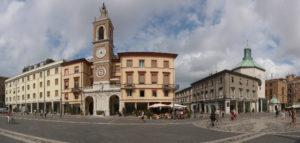 Rimini Piazza Tre Martiri centro storico